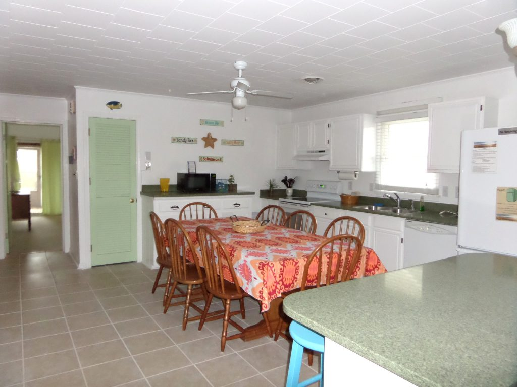 obxrental_kitchen1_paradisebythesea