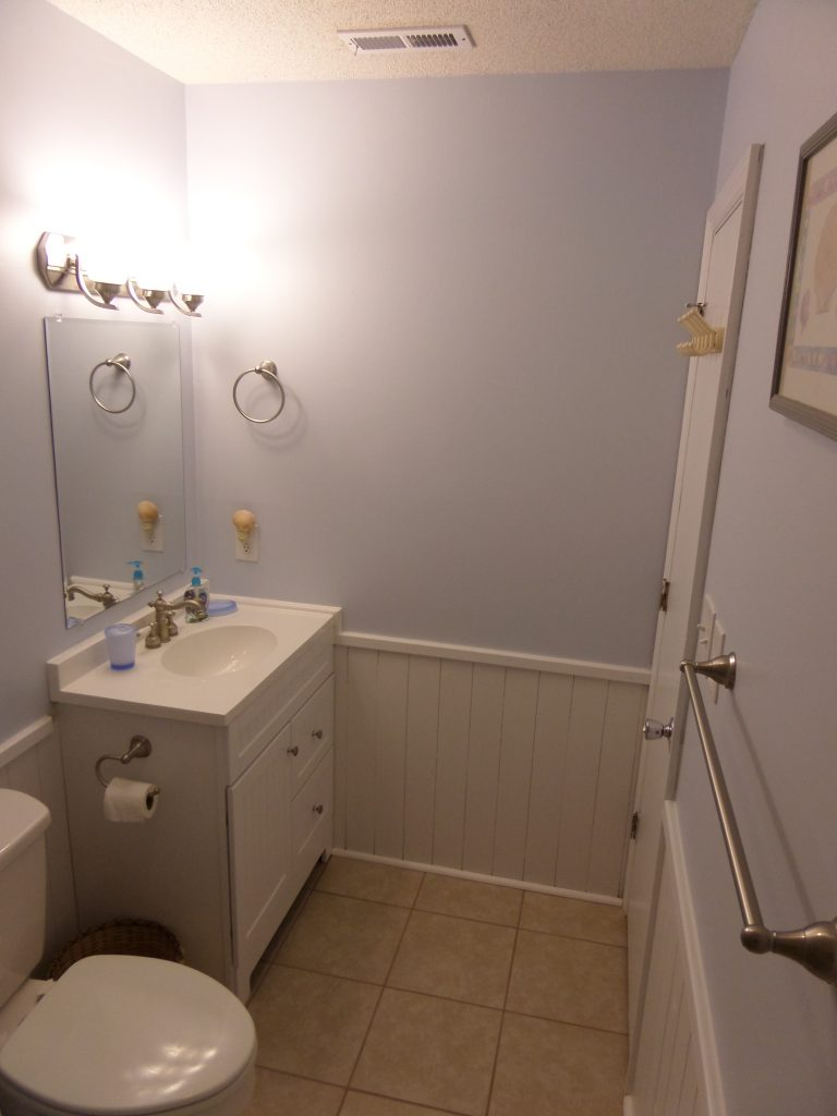 obxrental_masterbath2_seaurchininn
