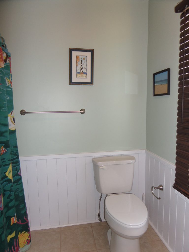 obxrental_bath3_seaurchininn