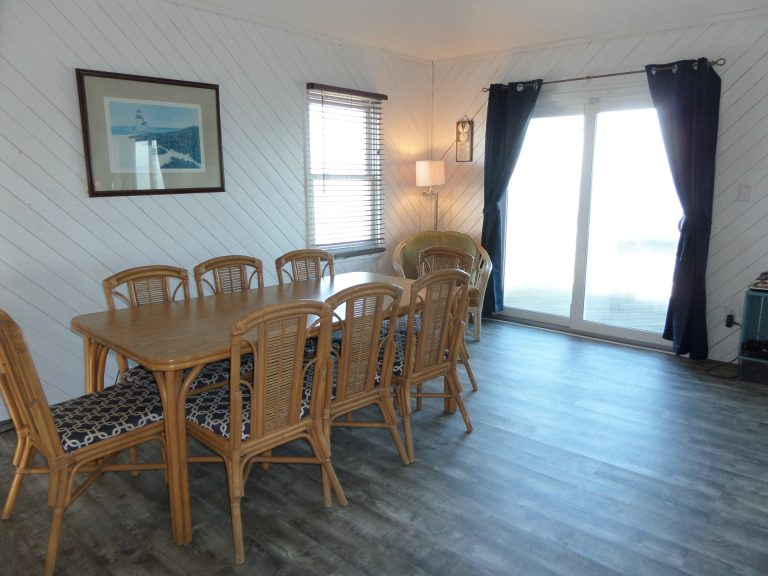 obxrental_dining1_seaurchininn