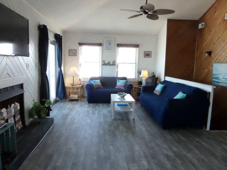 obxrental_livingroom_seaurchininn